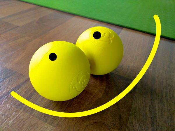 Lihasjännityksen vapauttaminen palloilla: Hengitys, rintakehä ja hartiat auki 3.5. Joogastudio Oululla