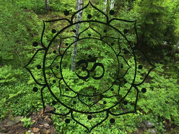 Sydänmaanjooga – matka mielen korpimaille sekä Sound healing: Sound of ancient wisdom väkevien soittimien iltakonsertti perjantaina 9.11.