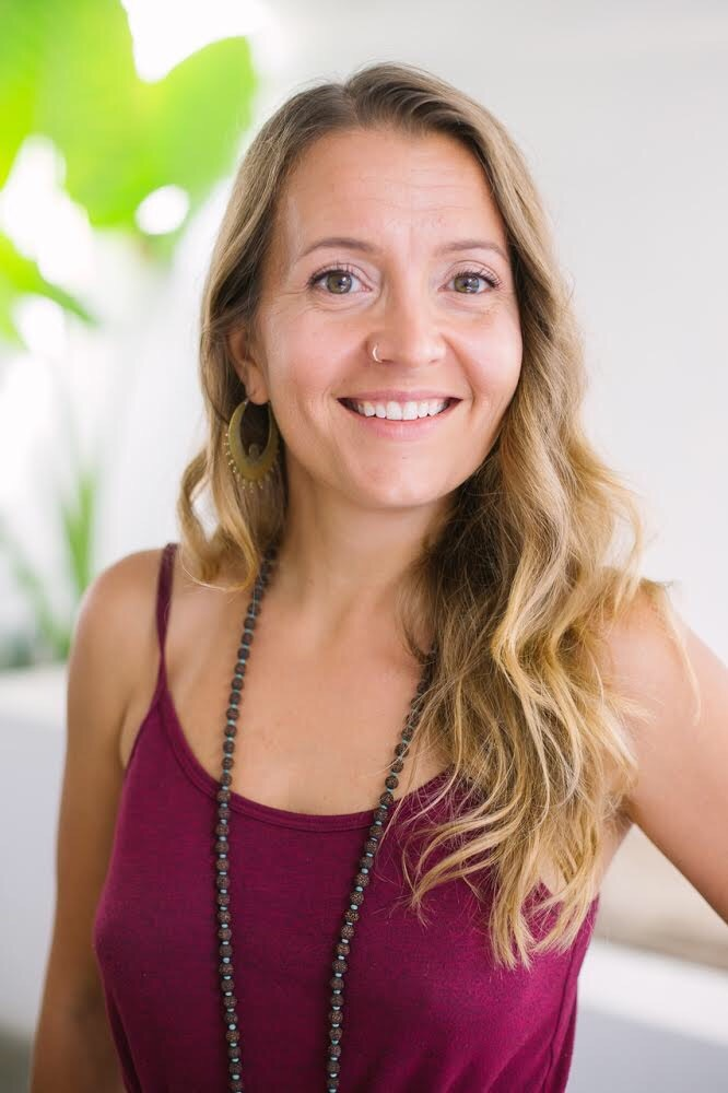 Anu on uusin opettajamme Balilta. Tutustu Anuun!