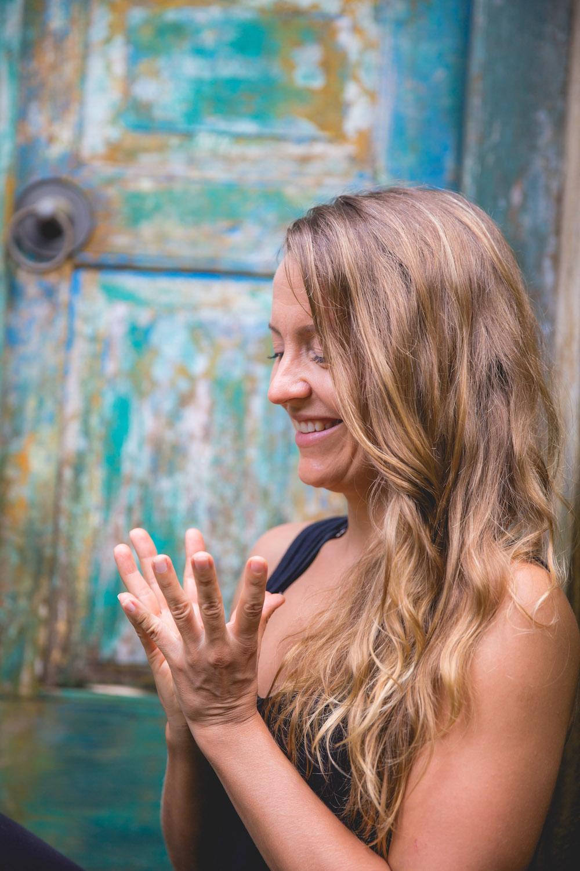 Viimeinen mahdollisuus päästä Anun opetukseen: Heart of Yoga – työpaja sunnuntaina 2.9.